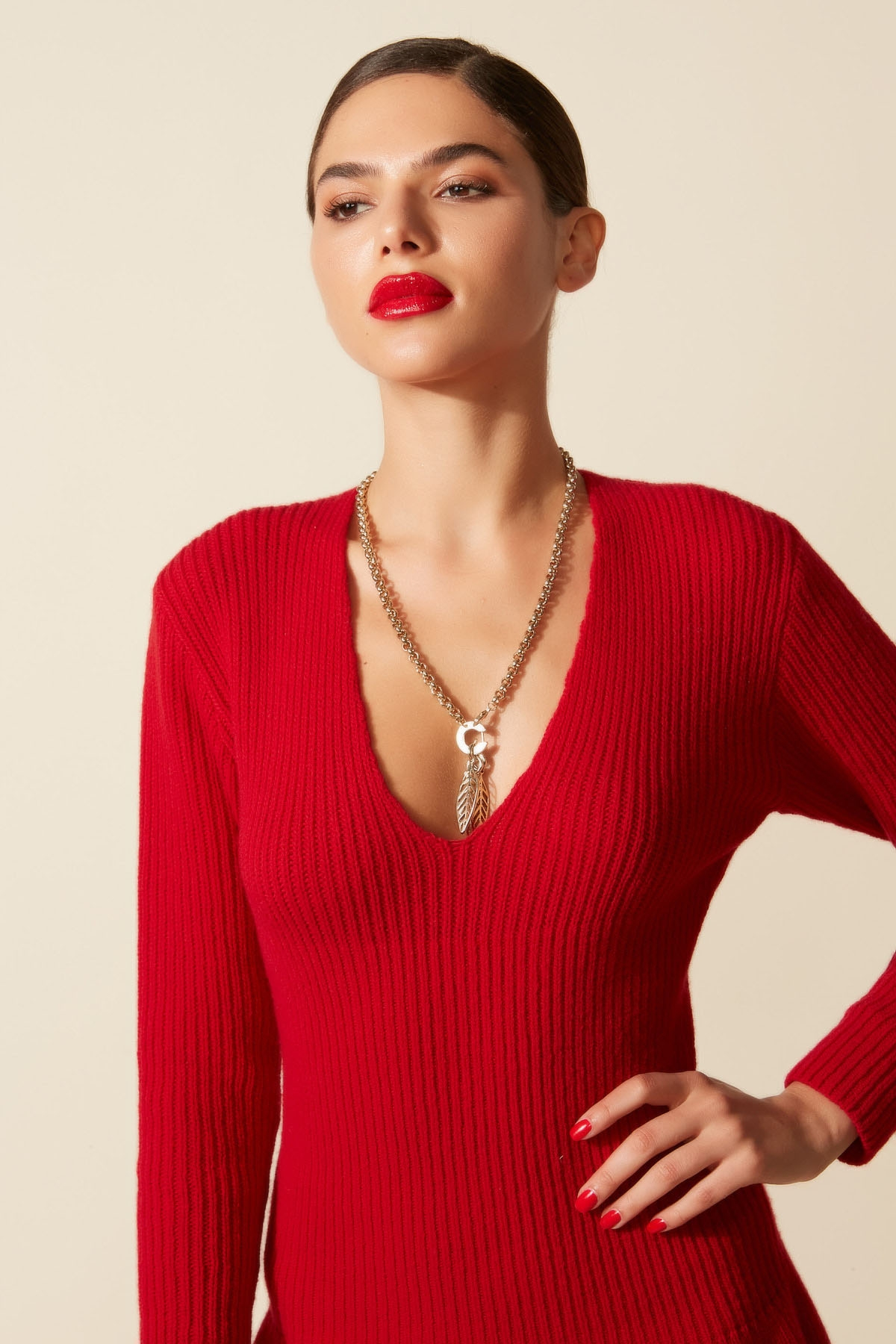 COLLIER A PLUMES